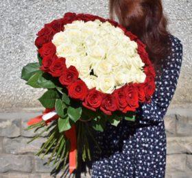 55 Роз на ленте